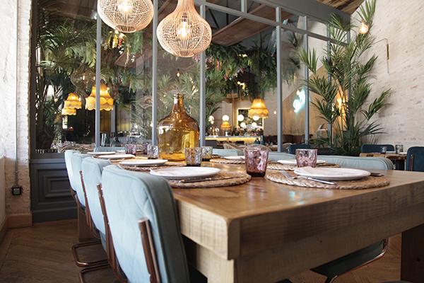 mesa salon donde comer sevilla